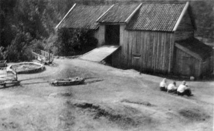 bnr2. Glastad uthus 1925.