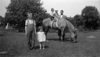 Kalland, hest og familie