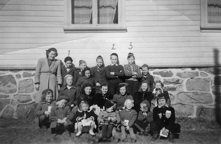 Søndagsskolebilde Trøe -Vallesverd, ca 1950