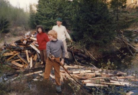 Kristin, Tore Heiberg, foran Isak Tveit Stendalsbekken ca 1976. Martin og Bernt