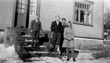 Asbjørn, Petter, Johan og Greta Birkeland.