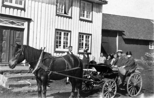 Hans Gunnar, Maren, ( ), Magnhild, Gunnar, Håkon, ( ).