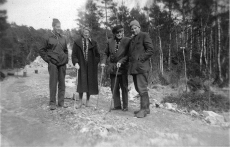 Inspeksjon av ny stamvei Bjørn, Hildur, ukjent og Thorvald
