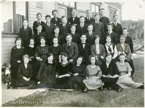 Fylkesskolen i Høvåg, Anni, 1921-22