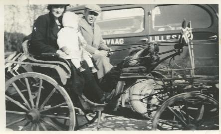 Kirsti m. Søren Magne og Gunnar 1939