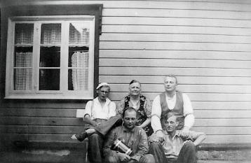 Nansine med fire sønner