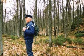 Olaf inspiserer eikeskog