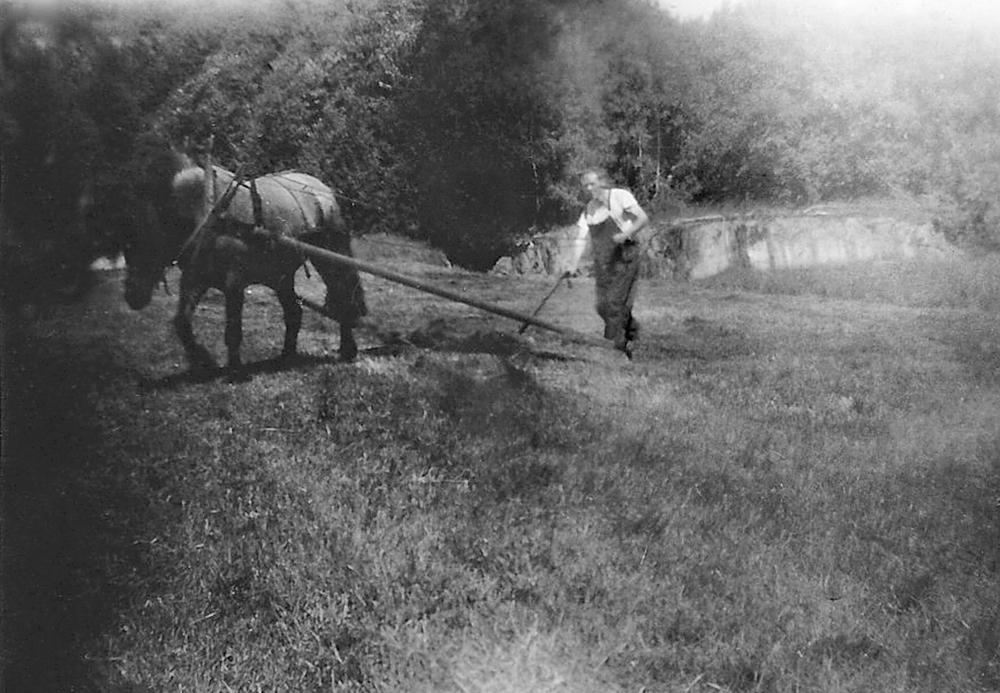 Rolf med Blåen sommeren 1947