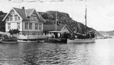 Anton Jonassens begravelse, fra butikken han startet