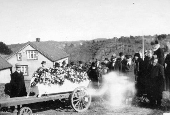 Begravelsen til Gunder Fjermeros