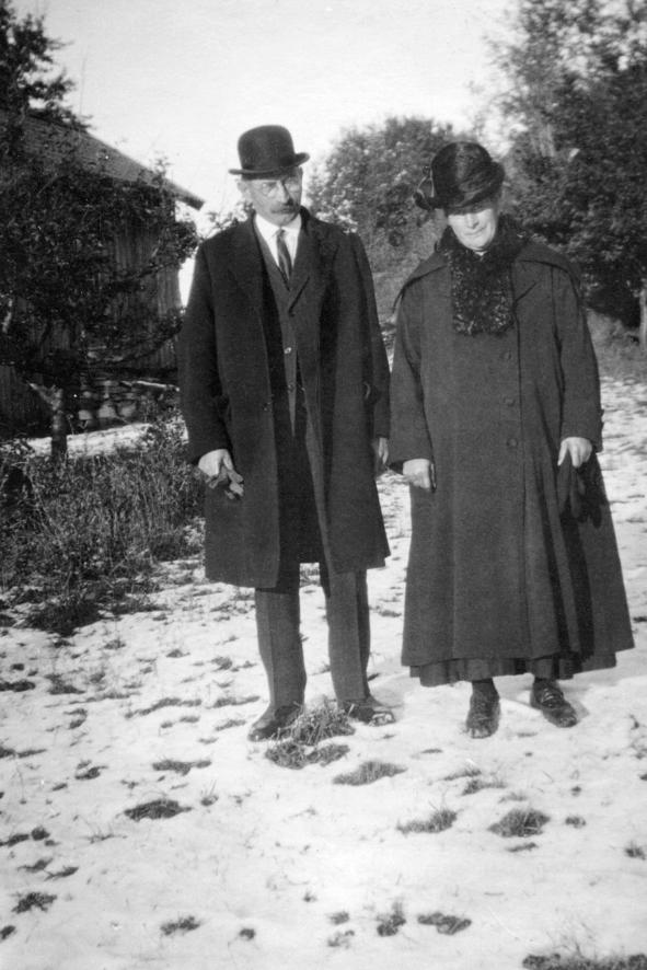 Søsknene Josef Jakobsen og Anne Simonsen