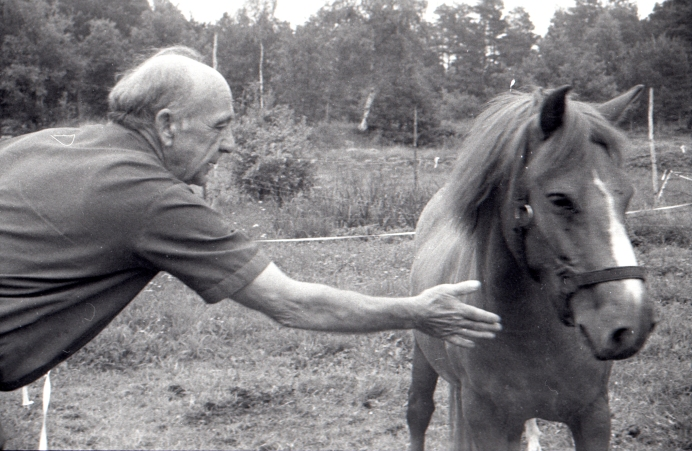 Osvald Olsen og hest