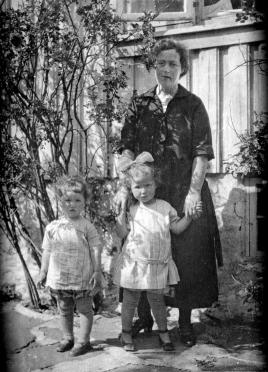 Svanhild med Elna og Alfhild