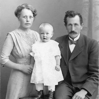 Tilda, Astrid og Ole Andreas Fjermeros